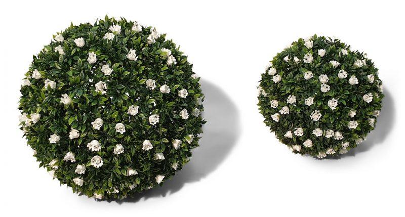 Kunst buxusbollen met bloemen van Kunstpalm.nl